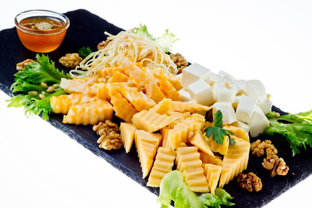 Ассорти сырное с медом и орехами стандарт